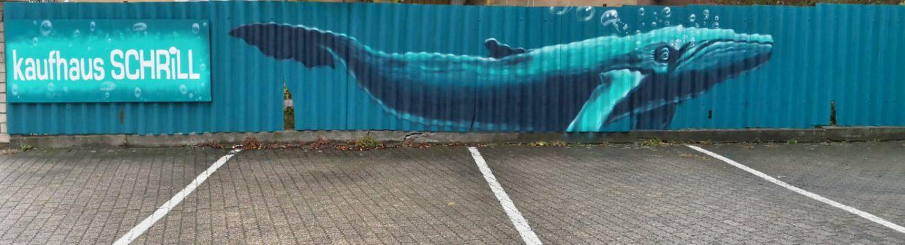 Neues Graffiti am Kaufhaus Schrill